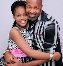 yemi-solade-and-daughter